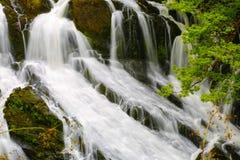 BRITISCHE Wales-Schwalbenwasserfälle Stockbilder