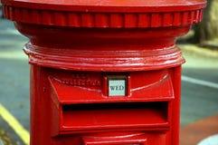 Britischer Postbox lizenzfreies stockbild
