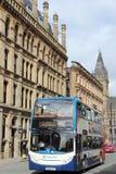 BRITISCHER Stadtbus Manchesters Lizenzfreie Stockfotografie