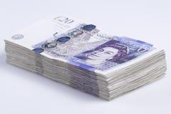 Britisches Bargeld Stapel von Briten 20-Pfund-Banknoten Stockbilder