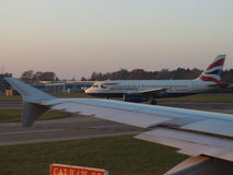 British Airways Aerobus A319 taxiing w Hamburg Fotografia Stock