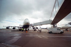 British Airways-Düsenflugzeug in Domodedovo-Flughafen von Moskau Stockbild