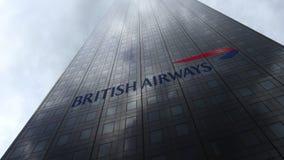 British Airways-embleem op een wolkenkrabbervoorgevel die op wolken wijzen Het redactie 3D teruggeven Stock Fotografie