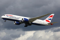 British Airways flygplan Boeing 787-8 Dreamliner London Heathrow Arkivfoto