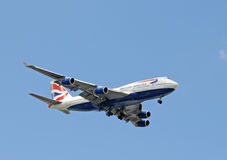 British Airways jumbo jet landing in Miami Stock Photo