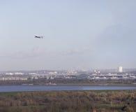 British Airways 747 som tar av från Heathrow Arkivbild