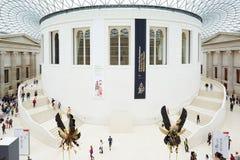 British Museum stor domstolinre som ses från ovannämnt i London Arkivbilder