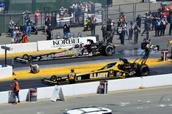 Britney Force vs Tony Schumacher Arkivfoton