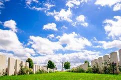 Britse begraafplaats door Ypres in België stock afbeeldingen