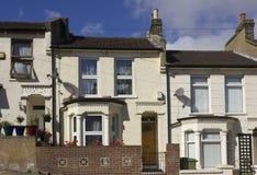 Britse huizenvoorgevel in de voorsteden van Woolwich, Londen Royalty-vrije Stock Afbeeldingen