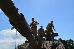 Britse LegerGevechtstank en Bemanning royalty-vrije stock afbeelding