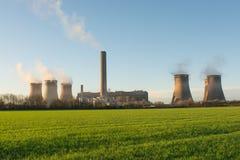Britse Met kolen gestookte Krachtcentrale Stock Afbeelding