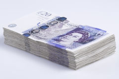 Britse munt Stapel van Britse 20 Pondenbankbiljetten stock afbeeldingen