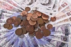 Britse ponden nota's en muntstukken Royalty-vrije Stock Afbeeldingen
