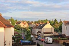 Britse straat met sociale huisvesting Stock Fotografie