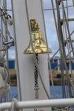 Brittisk klocka för skepp för rojalist för utbildningsskepp royaltyfria bilder