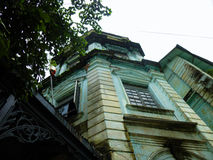 Brittisk kolonial byggnad i i stadens centrum Yangon, Myanmar (Burman) Arkivbilder
