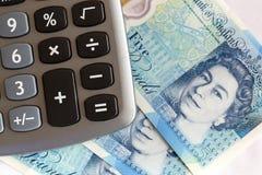 Brittisk valuta - fem pund anmärkning Royaltyfria Foton