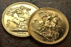 Brittiska guld- mynt Royaltyfri Foto
