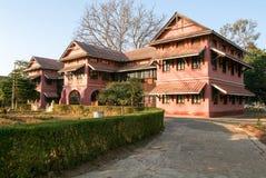 Brittiska koloniala hus av Pyin U Lwin Arkivbilder