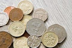 brittiska mynt Arkivbilder