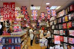 Brittiskt souvenirlager London Fotografering för Bildbyråer