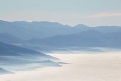 brixia που καλύπτει delle τη θάλασσα valle περιοχών επαρχιών messi της Ιταλίας Λομβαρδία ομίχλης Στοκ εικόνες με δικαίωμα ελεύθερης χρήσης