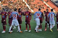 börjande modig fotboll Fotografering för Bildbyråer