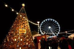 16 Brno Grudnia 2018 republika czech Boże Narodzenie rynki w mieście Nocy fotografia z ludźmi na ulicie zdjęcia royalty free