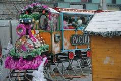 Brno, Tsjechisch 12,2014 republiek-december: Kerstmismarkt bij Vrijheid Stock Afbeeldingen