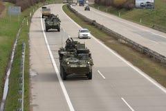 Brno, Tsjechisch 30,2015 republiek-Maart: Dragoonrit - het legerkonvooi van de V.S. Stock Afbeelding