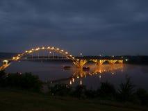 Bro över Arkansas River i Ozark Arkansas Royaltyfri Fotografi