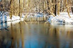 Bro över The Creek Fotografering för Bildbyråer