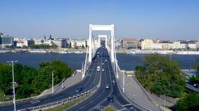 Bro över Danube River Arkivbild