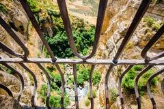 Bro över den djupaste klyftan i Spanien Arkivbilder