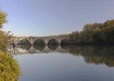 Bro över den Rappahannock floden arkivbild