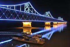Bro över den Yalu floden Royaltyfria Bilder