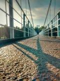 bro över floden Arkivfoton