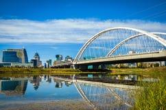Bro över floden, Astana, Kasakhstan Arkivbilder