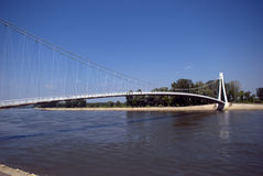 Bro över floden Drava, Osijek, Kroatien Arkivfoto