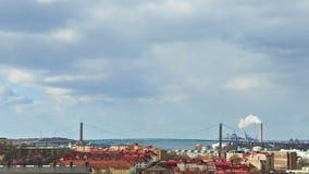 Bro över floden. Göteborg Sverige. Tid La lager videofilmer