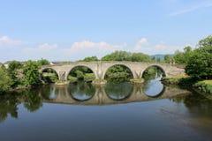 bro över floden stirling Arkivfoto