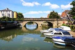 Bro över flodThemsen, Oxford Royaltyfria Foton