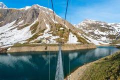 Bro över Lago di Morasco Fotografering för Bildbyråer