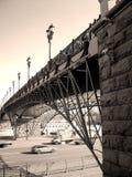 Bro över motorvägen Arkivfoto
