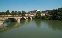 Bro över Po River i Turin Royaltyfri Foto