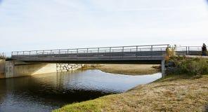 Bro över Rieraen de Canyars i Gavà ¡, royaltyfri fotografi