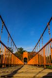 Bro över sångfloden, vangvieng, Laos Arkivfoto