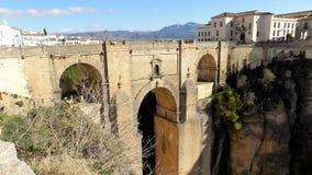 Bro över Tajoen de Ronda ANDALUSIA-SPAIN Royaltyfri Foto