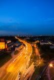 Bro över Wisla i Warszawa Arkivfoto